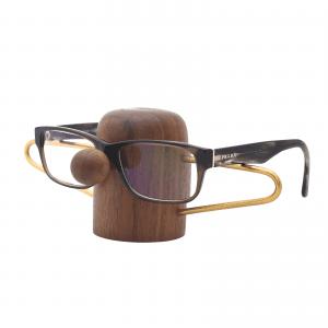 Nosey-brilleholder-valnoed-dot aarhus-glasses-modernhouse