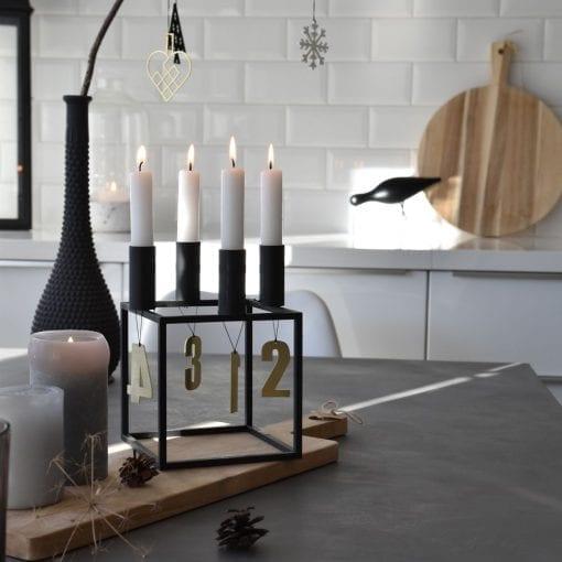 ATM6-Advent-tal-messing-jul-pynt-design-adventstal-interioer-bolig-ophaeng-dekoration-minimalistisk-Felius-Design-4