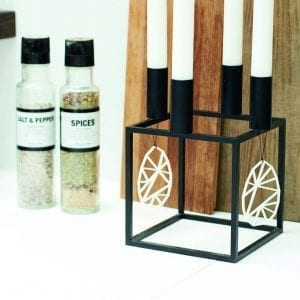 paaskeaeg med moenster i hvid - paaskepynt - dansk design - felius design - paaskepynt-paaskeaeg-paaske-nordic-interior-indretning-bolig-bordpynt-dansk-design-felius