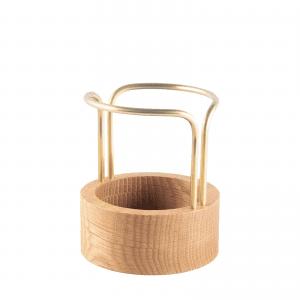 Pen up brass oak - pencil holder - blyantholder - dot aarhus