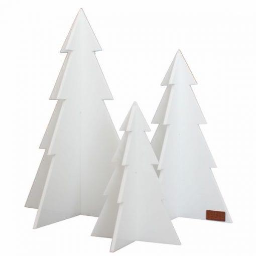 juletraeer i hvid - julepynt - juledekoration - felius design - dansk design - hvid juletraeer - modernhouse