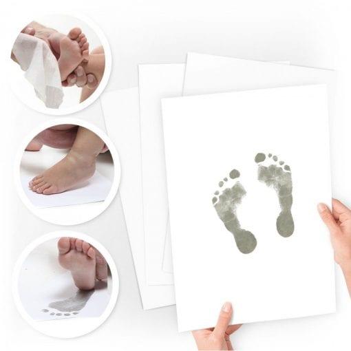 aftryksaet til baby haand og fod - barnets bog - haand- og fodaftryk - dansk design - fordi de aldrig bliver for små - forevig dit barns minder - prik og streg