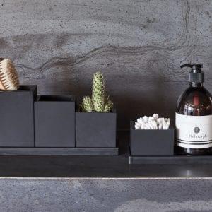 sort krukke - krukke i sort - badevaerelse - sej design - interior design - boligindretning - nordisk design