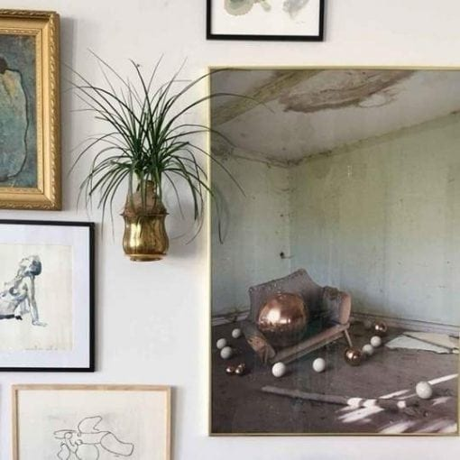 planteholder i guld - planteophaeng - plantwire - boligindretning - modernhousedk - modernhouse - leerbaek