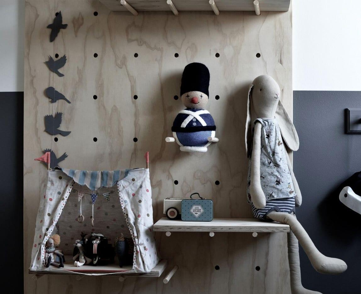 interior boernevaerelse - garder - gamcha - dansk design - garder i uld - blaa garder - borneindretning - boernevaerelse - modernhousedk