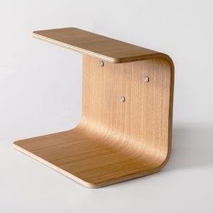 hylde i egetrae - made by bent - sengebord - natbord - traehylde - dansk design - interior - modernhousedk