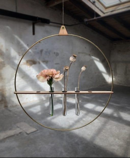 Strups_kvist_messing_dansk design_planteholder_modernhouse