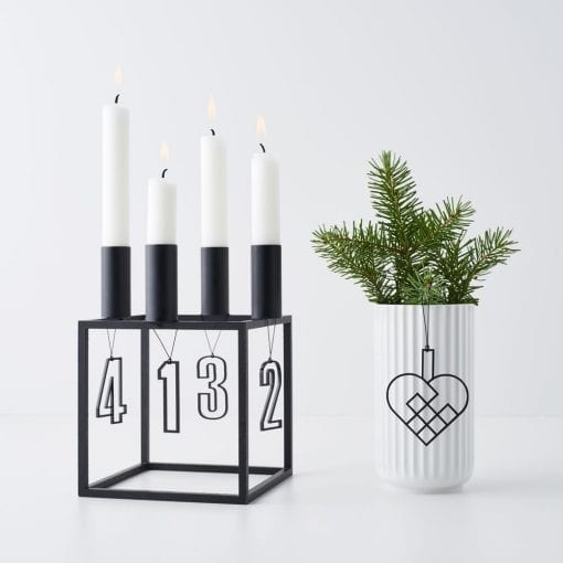 ATSS6-JHSS2-Advent-tal-hjerte-sort-jul-pynt-design-adventstal-interiør-bolig-ophæng-dekoration-minimalistisk-Felius-Design