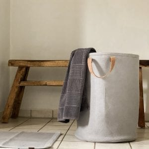 Kurv - By LOHN - vasketoejskurv - dansk design - strikkede interior - oekologi - kurv