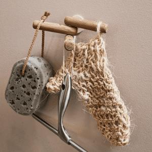 knage egetrae - nordic function - knager - dansk design - badevaerelse