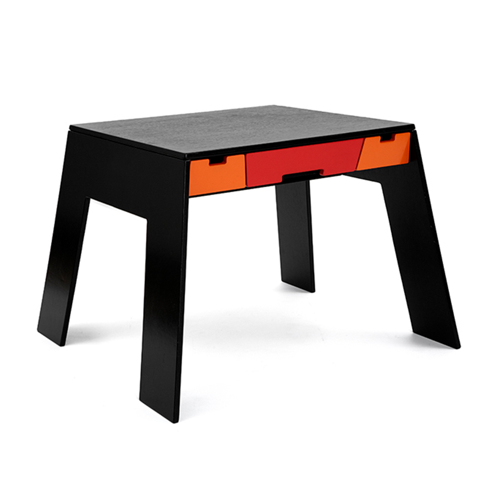 Collect Furniture – A Table Børnebord