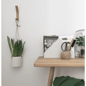 Nordic Function - natur laeder knager - stue - kontor - dansk design - knager - modernhouse