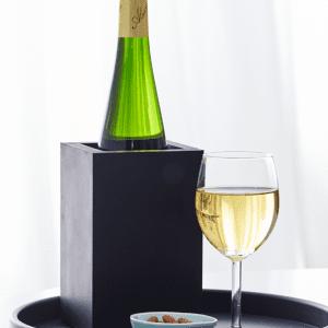 Sej design - vin holder - servieringsbakke - bakke - pur gummi - sort gummi - dansk design - modernhousedk