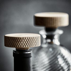 The oak men - booze prop - flaskeprop - barprop - hjemmebar - gaveide til ham - fars dags gave - julegaven til ham - stue - dansk design
