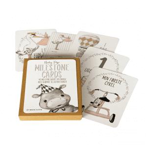 Milestone baby kort - milestone kort - milestenskort pige - mouse and pen - barselsgave - babyshower - gaveide - modernhousedk